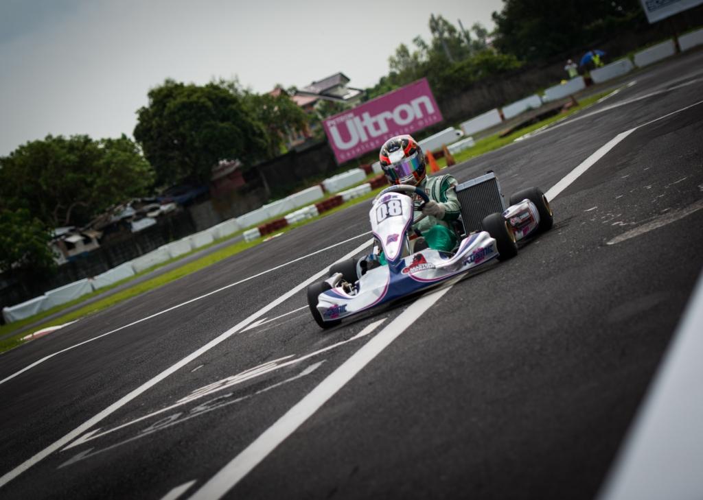 Kartmaster Drakar Senior Driver — Julien Fong